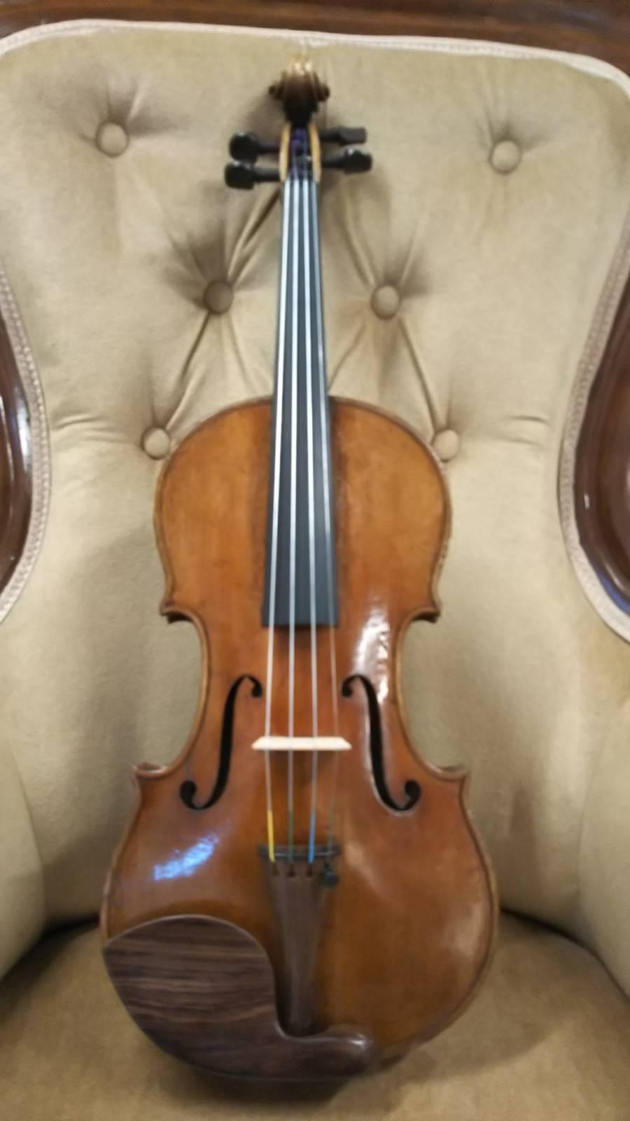 新入荷バイオリン